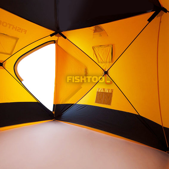 Внутри палаток DreamHouse 2, BigHouse 2