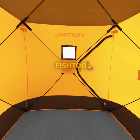 Внутри палаток Fishhouse 2