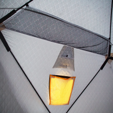 Карманы в палатке FishHouse 3T